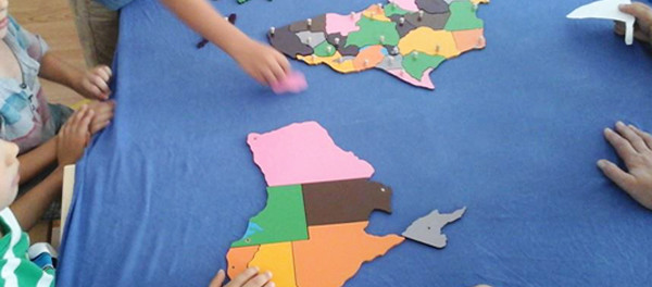 Jocul în pedagogia Montessori