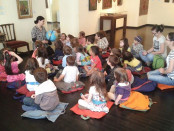Vizita la muzeu cu copiii