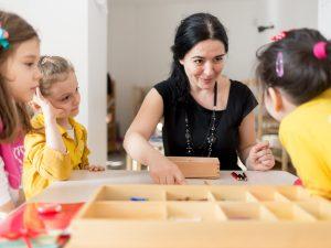 Profesorul Montessori