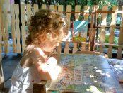 La colțul de lectură– seria Hoinari prin anotimpuri