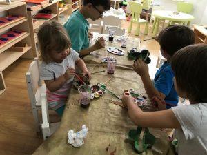 Învățare prin joacă – Coșulețul din cofraj de ouă